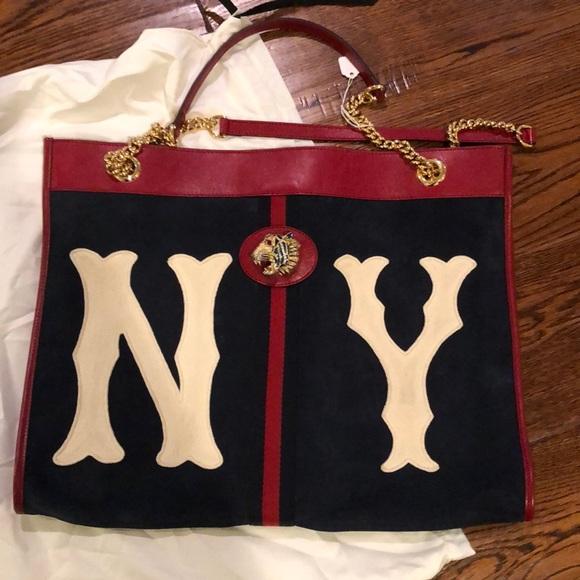 Gucci Handbags - Gucci Rajah large NY tote